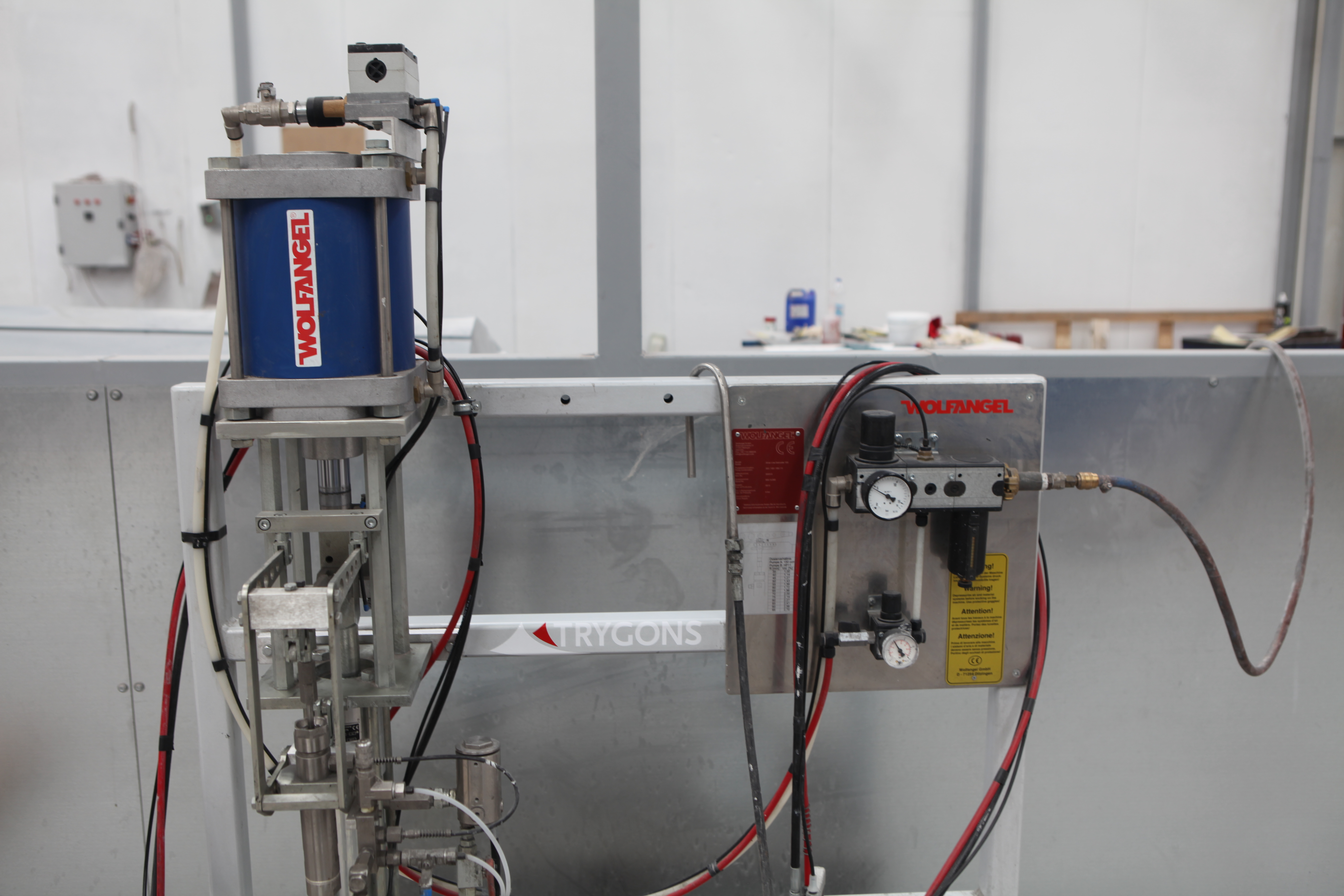 Gel-coating machine